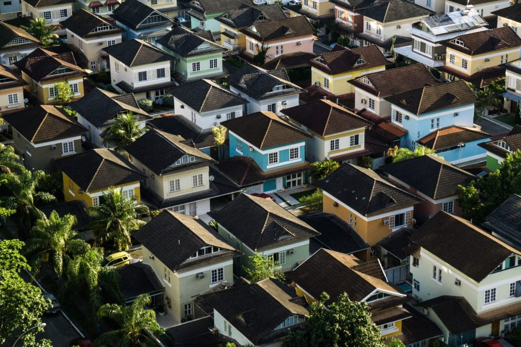Real Estate Marketing: Listing Properties On Your Website Is Just Not Enough